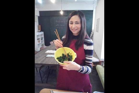 Learn to cook homemade sushi with traditional items (HALAL) - 0