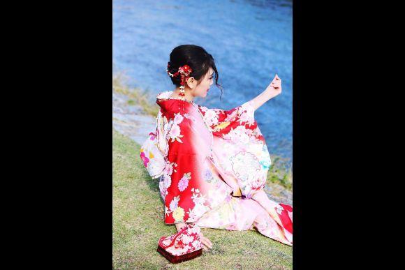 """Experience long-sleeved """"Furisode"""" Kimono Wear in Kyoto - 0"""