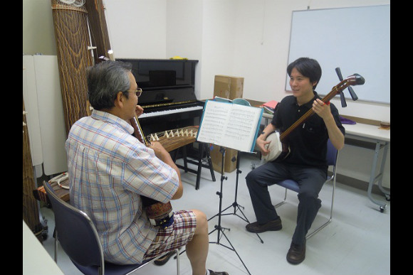 Learn to Play the Shamisen and Koto - 0