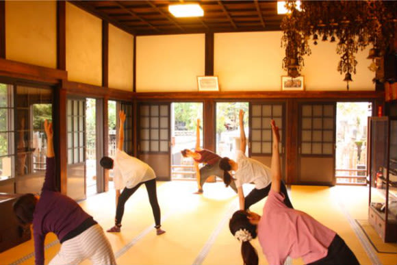 Do Zen Meditation and Pilates at a Temple - 0