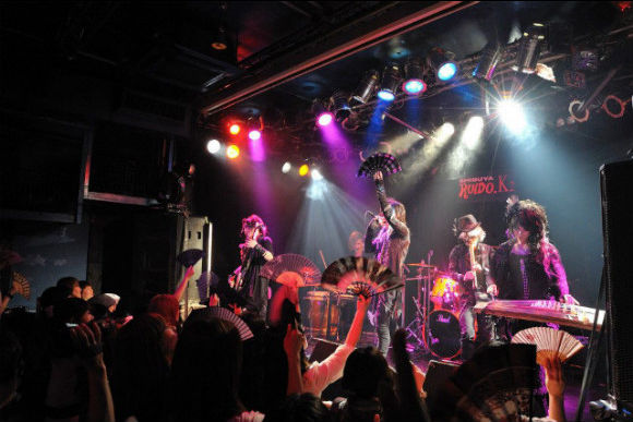 """10/31 Let's Go to a Japanese """"Visual-kei"""" Concert!  - 5"""