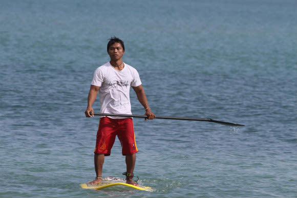 Enjoy Stand-Up Paddling on a Lake in Bali - 1