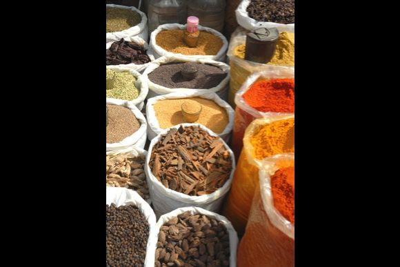 Food Walk in Old Delhi: Chaat, Lassi, Jalebi, Kulfi and more - 1