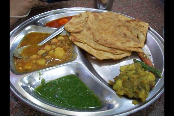 Food Walk in Old Delhi: Chaat, Lassi, Jalebi, Kulfi and more - 4