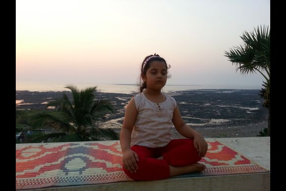 Yoga overlooking a beautiful view of the Sea - 0