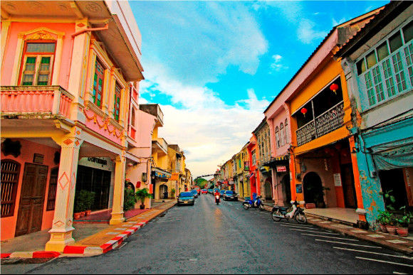 Discover Phuket's cultural heritage and meet its locals - 0