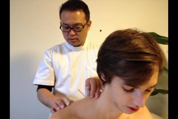 Traditional Japanese Acupuncture Treatment - 2