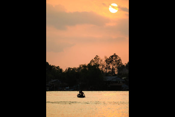 Enjoy the sunset in Ho Chi Minh on a private cruise - 0