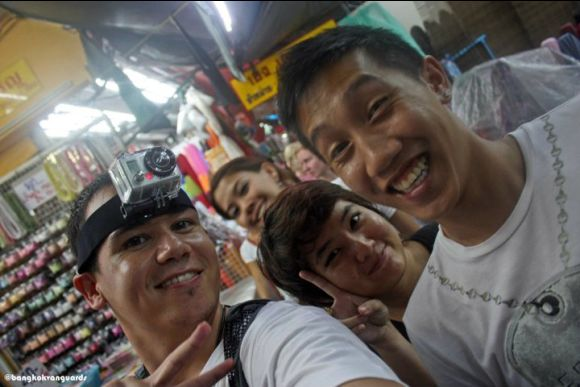 Explore Bangkok like a local, with locals - 0