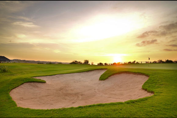 Play Golf as you Watch a Beautiful Sunset in Bali - 0
