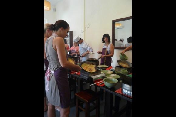Learn the secret of Vietnamese local cuisine - 5