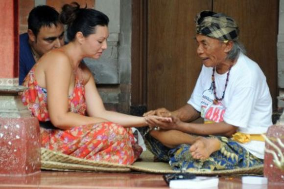 Meet Bali's Local Shamans, Healers & Fortune Tellers - 1