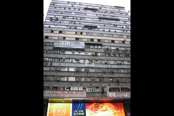 Visit Chungking Mansions with an Ex-Resident - 2