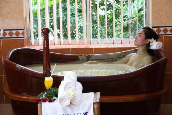 Soak in a Mud Bath and Treat Yourself to a Spa - 0