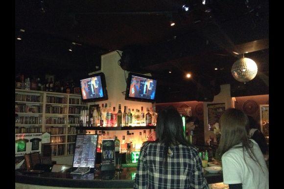 Go to Rock Bar in Shibuya and Make Local Music Friends - 1