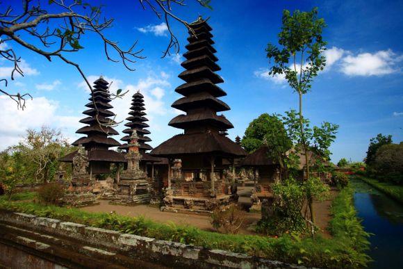 Explore Bali with a Female Guide - 2