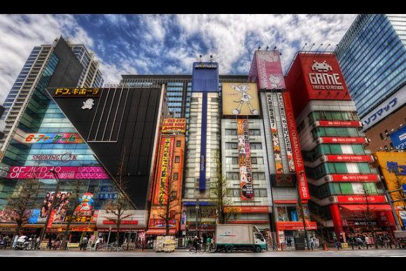Akihabara Tour for Anime, Manga. Try cosplay for FREE! - 2