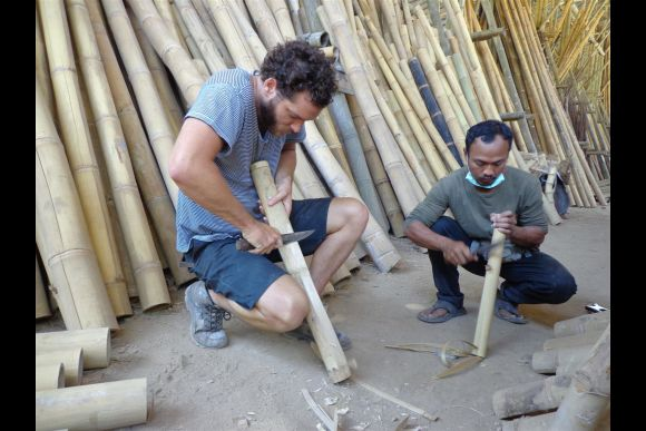 Build your own Bamboo Jegog and Learn to Play the Instrument - 1