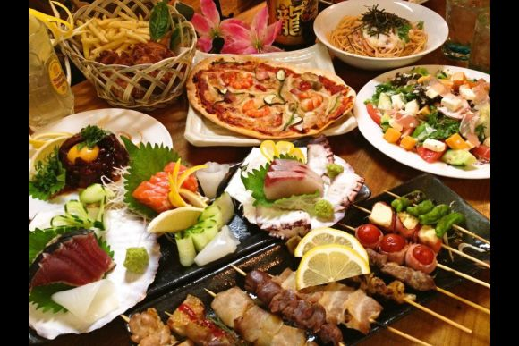 Enjoy Japanese Dishes with Locals at an Izakaya in Tokyo! - 5
