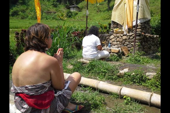 Meet Bali's Local Shamans, Healers & Fortune Tellers - 4