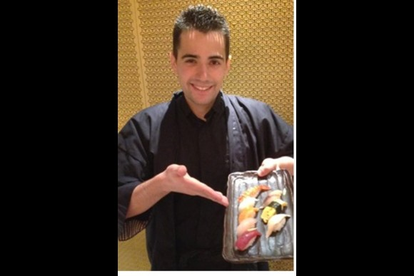 Take a Sushi making lesson with beef hot pot for Lunch - 0