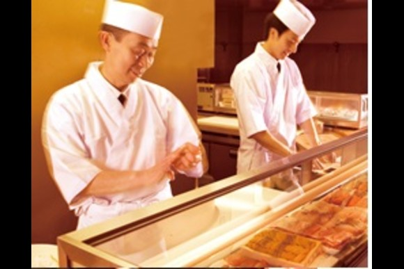 Take a Sushi making lesson with beef hot pot for Lunch - 2