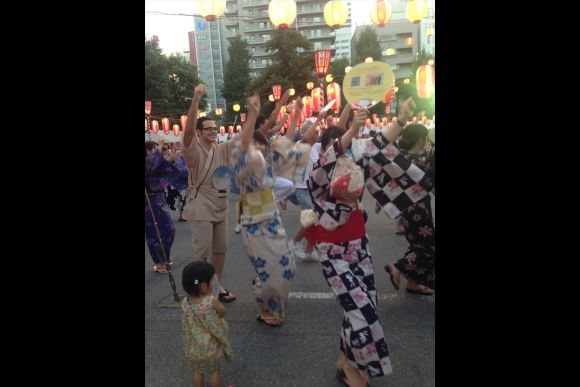 Experience Bon Festival Dance and Wearing a Yukata in Tokyo - 4