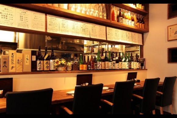 Enjoy Japanese Izakaya with a Robot Restaurant Ticket - 2