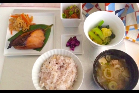 Experience Washoku cooking lesson with seasonal ingredients - 1