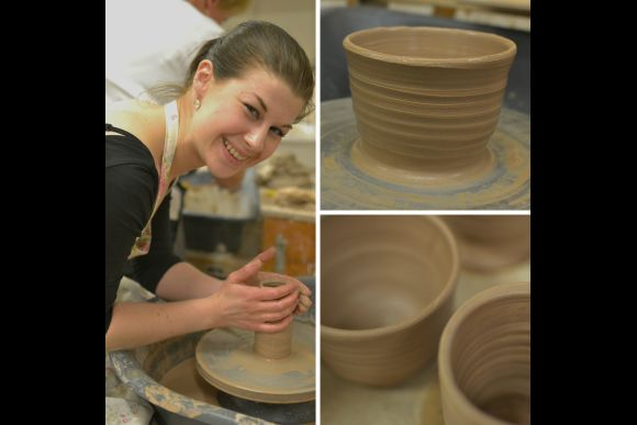 Experience pottery-making and tour a historical pottery town - 0