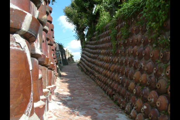 Experience pottery-making and tour a historical pottery town - 5