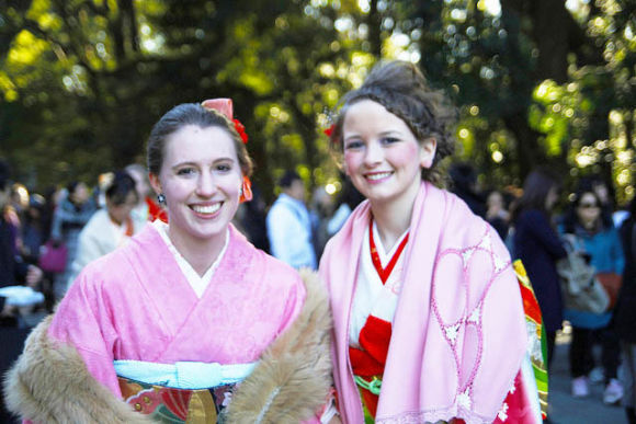 Wear a kimono while strolling around famous spots in Tokyo - 2