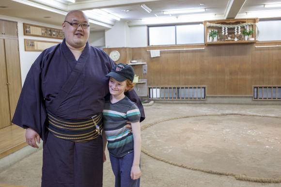 Tour Asakusa and Ryogoku with a sumo wrestler - 3