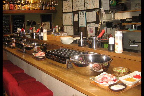 Experience making Takoyaki in Namba, Osaka! - 0