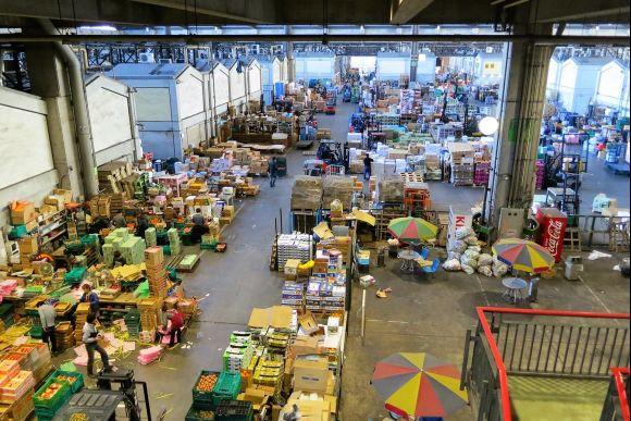 Enjoy a private tour of the large Ota Market in Tokyo - 1
