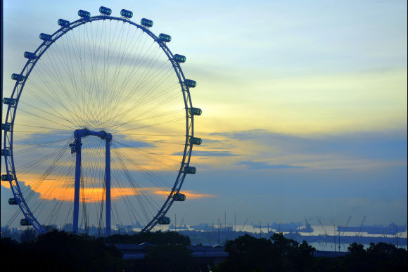 5% OFF Hop On Hop Off Bus Singapore: Tour The Iconic Sights - 2