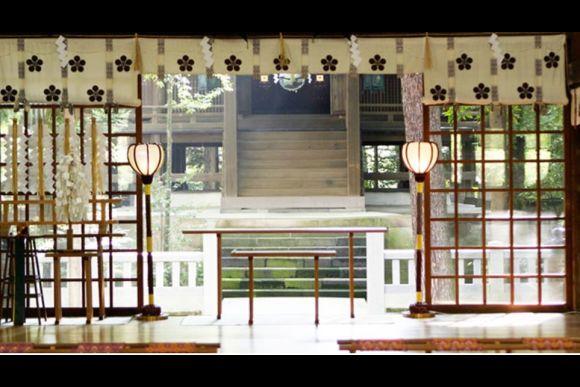 Discover Kanazawa's Oyama Shrine on a Morning Coffee Tour - 0