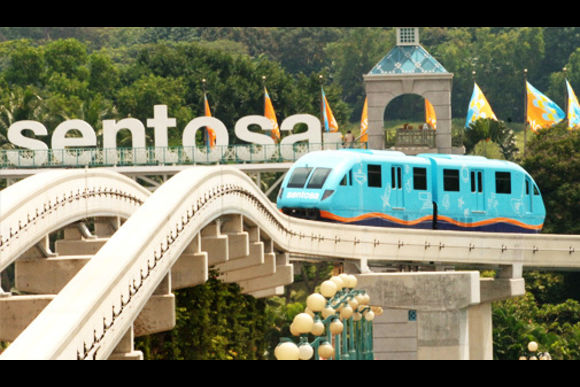 5% OFF Hop On Hop Off Bus Singapore: Tour The Iconic Sights - 5
