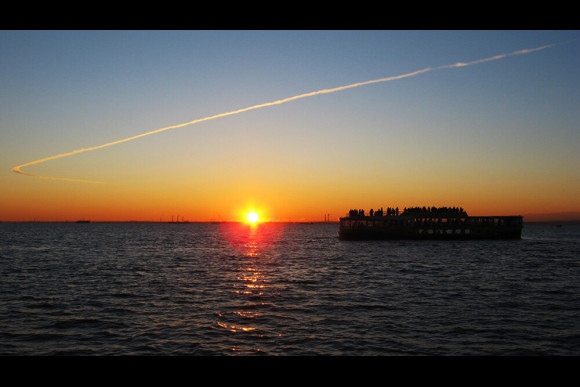 Admire the New Year's sunrise from a cruise on Tokyo bay - 0