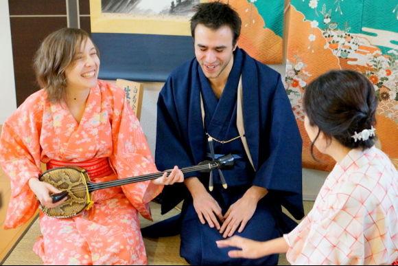 Enjoy Koto and Sanshin lessons & tea ceremony experience! - 1