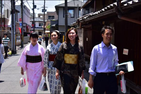 30% OFF Kyoto Fushimi tour with a boat and yukata! - 1