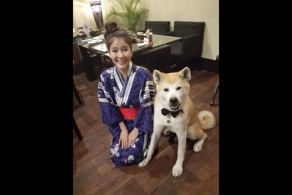 Dine or Drink with the Affectionate Akita Dog in Tokyo - 5