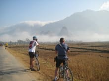 Bike through the mountains from Vietnam to Laos