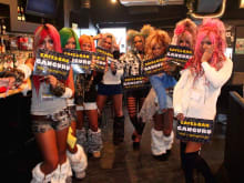 Enjoy a crazy show with Ganguro Gyaru girls in Shibuya!