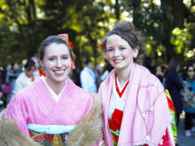 Wear a kimono while strolling around famous spots in Tokyo