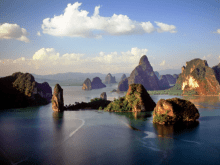 James Bond Island Tour: Cruise and Canoe Phang Nga Bay