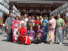 Wear Yukata and tour Asakusa with a guide