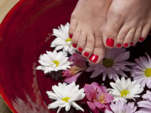 Get Perfect Nails with Manicure Pedicure Treatments