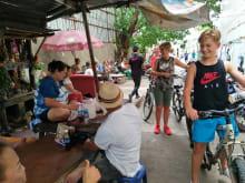 「カラー・オブ・バンコク」半日サイクリングツアー