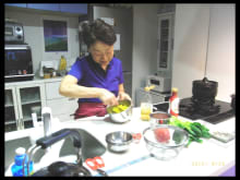 Learn healthy cooking from a Japanese mother near Ginza